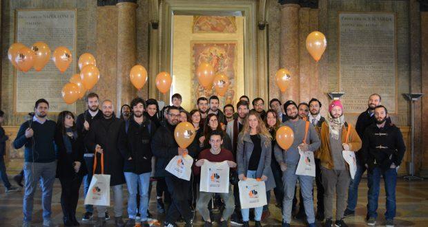 Foto di gruppo di tutte le startup premiate